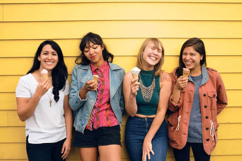 la luz, floating features, pablos choice, record of the week,